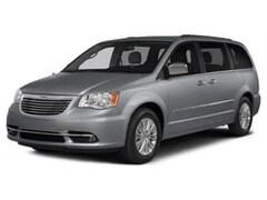 2016 Chrysler Town & Country 4dr Wgn Touring Van LWB Passenger Van