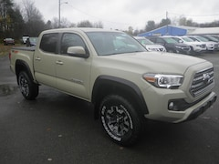 2017 Toyota Tacoma TRD Off Road Double Cab 5 Bed V6 4 Truck Double Cab