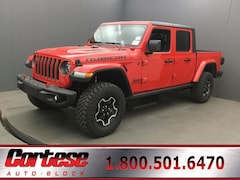 New 2020 Jeep Gladiator RUBICON 4X4 Crew Cab 1C6JJTBG5LL102935 for sale in Rochester, NY