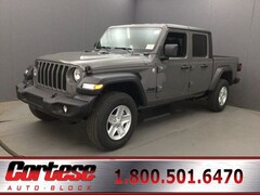 New 2020 Jeep Gladiator SPORT S 4X4 Crew Cab 1C6HJTAG6LL156552 for sale in Rochester, NY