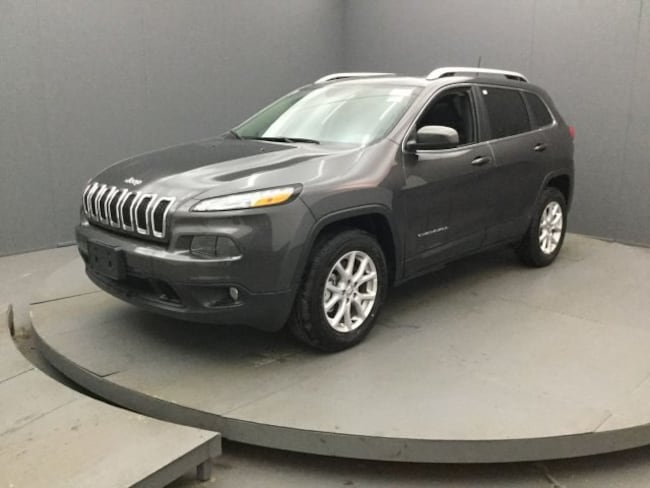 New 2017 Jeep Cherokee LATITUDE 4X4 Sport Utility In Rochester