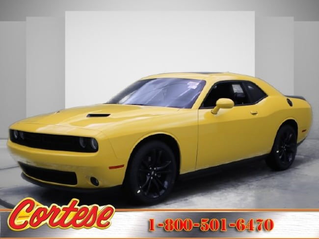 New 2017 Dodge Challenger SXT PLUS Coupe In Rochester