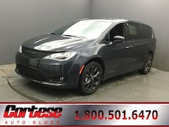 New 2020 Chrysler Pacifica TOURING Passenger Van 2C4RC1FG7LR134250 for sale in Rochester, NY