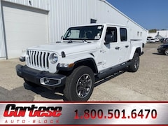 New 2021 Jeep Gladiator OVERLAND 4X4 Crew Cab 1C6HJTFG7ML501159 for sale in Rochester, NY