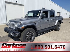 New 2021 Jeep Gladiator OVERLAND 4X4 Crew Cab 1C6HJTFG4ML505556 for sale in Rochester, NY