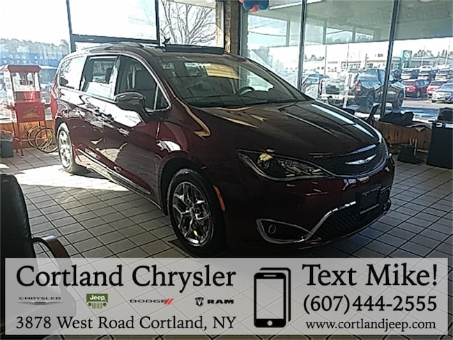 New 2019 Chrysler Pacifica LIMITED Passenger Van Cortland, NY