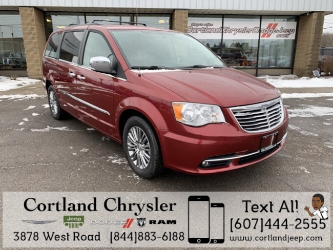 Used 2014 Chrysler Town & Country Touring-L Minivan/Van for sale in Fayetteville, NY