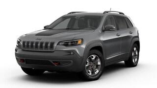 New 2019 Jeep Cherokee TRAILHAWK 4X4 Sport Utility dealer in Fargo ND - inventory