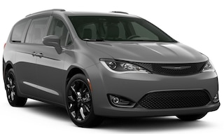 New 2020 Chrysler Pacifica TOURING L PLUS Passenger Van dealer in Fargo ND - inventory