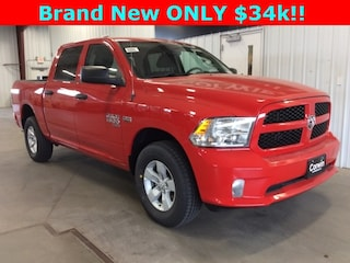 New 2019 Ram 1500 CLASSIC EXPRESS CREW CAB 4X4 5'7 BOX Crew Cab dealer in Fargo ND - inventory