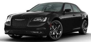 New 2020 Chrysler 300 S Sedan dealer in Fargo ND - inventory