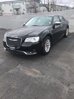 Used 2017 Chrysler 300C Base Sedan 2C3CCAEG9HH662784 for sale in Springfield, MO