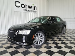 New 2019 Chrysler 300 TOURING L Sedan for sale in Springfield, MO