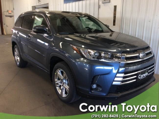 New 2019 Toyota Highlander Limited V6 SUV in Fargo, North Dakota