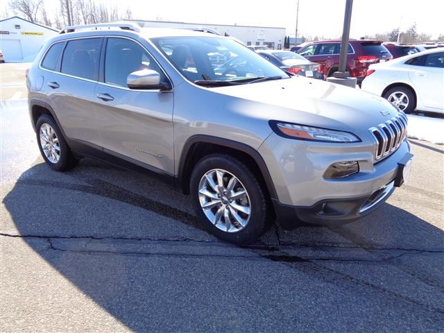 2016 Jeep Cherokee Limited Full Size SUV