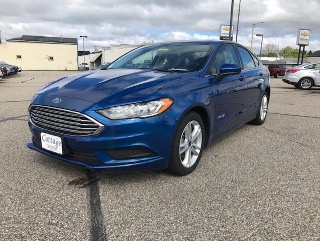 2018 Ford Fusion Hybrid SE Mid-Size Car