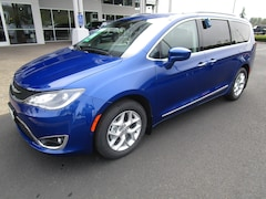 New 2020 Chrysler Pacifica TOURING L Passenger Van 2C4RC1BG3LR108511 for Sale in Cottage Grove, OR