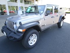 New 2020 Jeep Gladiator SPORT S 4X4 Crew Cab 1C6HJTAG6LL119467 for Sale in Cottage Grove, OR
