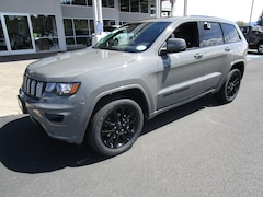 New 2019 Jeep Grand Cherokee ALTITUDE 4X4 Sport Utility for Sale in Cottage Grove, OR