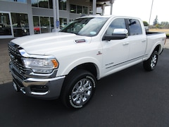 New 2019 Ram 2500 LIMITED CREW CAB 4X4 6'4 BOX Crew Cab 3C6UR5SL5KG645681 for Sale in Cottage Grove, OR