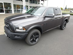 New 2019 Ram 1500 Classic WARLOCK CREW CAB 4X4 5'7 BOX Crew Cab for Sale in Cottage Grove, OR