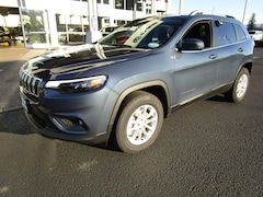 New 2019 Jeep Cherokee LATITUDE 4X4 Sport Utility for Sale in Cottage Grove, OR