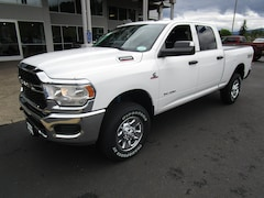 New 2019 Ram 2500 TRADESMAN CREW CAB 4X4 6'4 BOX Crew Cab 3C6UR5CL3KG557016 for Sale in Cottage Grove, OR