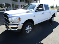 New 2020 Ram 2500 TRADESMAN CREW CAB 4X4 6'4 BOX Crew Cab LG125421 for Sale in Cottage Grove, OR