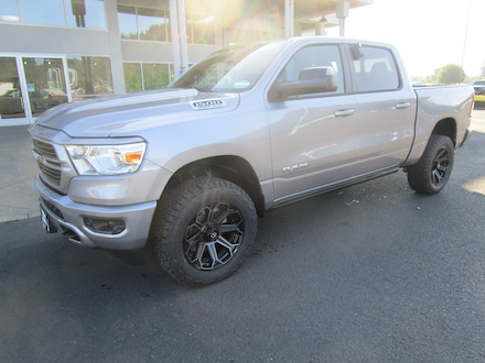 Featured New 2021 Ram 1500 BIG HORN CREW CAB 4X4 5'7 BOX Crew Cab for Sale in Cottage Grove, OR