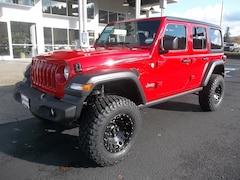 New 2018 Jeep Wrangler UNLIMITED SPORT 4X4 Sport Utility 1C4HJXDN6JW295442 for Sale in Cottage Grove, OR