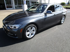 Used 2017 BMW 330i xDrive Sedan WBA8D9C53HK678368 for Sale in Cottage Grove