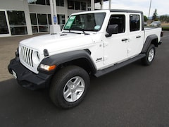 New 2020 Jeep Gladiator SPORT S 4X4 Crew Cab 1C6JJTAG6LL119468 for Sale in Cottage Grove, OR