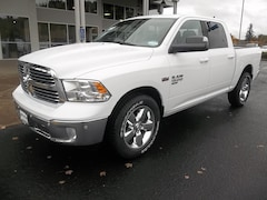 New 2019 Ram 1500 Classic BIG HORN CREW CAB 4X4 5'7 BOX Crew Cab for Sale in Cottage Grove, OR