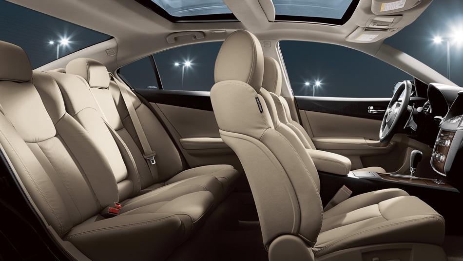 2014 Nissan Maxima Vs Honda Accord Coulter Nissan