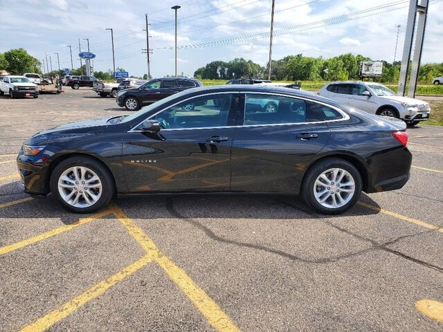 Certified 2018 Chevrolet Malibu 1LT with VIN 1G1ZD5ST5JF266718 for sale in Annandale, Minnesota