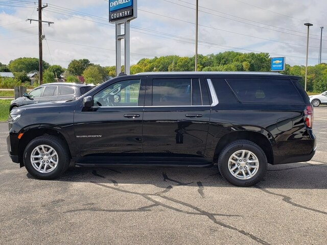 Certified 2021 Chevrolet Suburban LS with VIN 1GNSKBKD7MR165020 for sale in Annandale, Minnesota