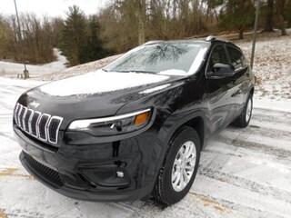 2019 Jeep Cherokee LATITUDE 4X4 Sport Utility in Clarksburg WV