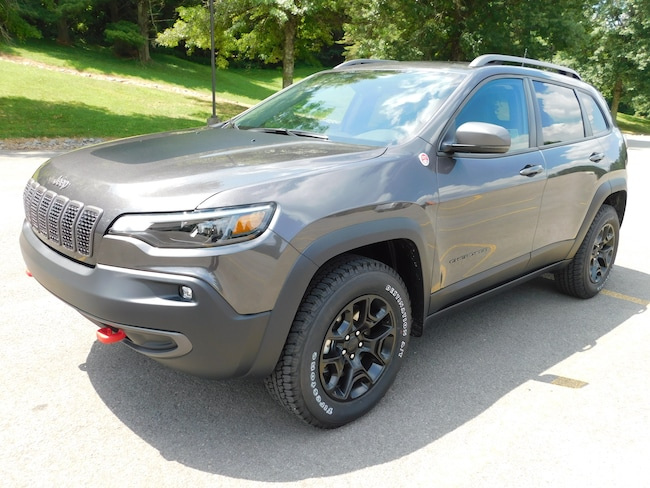 New 2019 Jeep Cherokee TRAILHAWK 4X4 Sport Utility For Sale Clarksburg, West Virginia