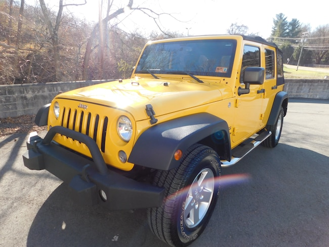 Used 2015 Jeep Wrangler Unlimited Sport 4x4 SUV For Sale Clarksburg, West Virigina