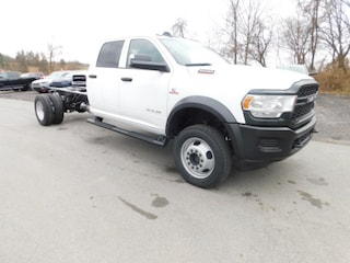 2019 Ram 5500 Chassis Cab 5500 TRADESMAN CHASSIS CREW CAB 4X4 197.4 WB Crew Cab in Clarksburg WV