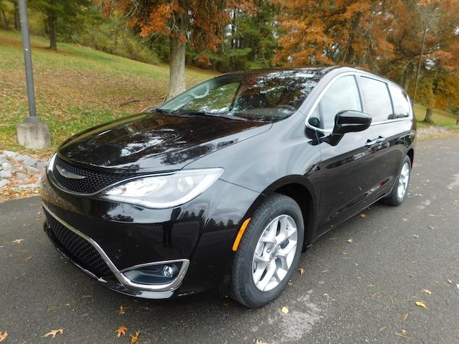 New 2019 Chrysler Pacifica TOURING PLUS Passenger Van For Sale Clarksburg, West Virginia