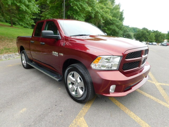 2018 Ram 1500 Tradesman Truck Quad Cab DYNAMIC_PREF_LABEL_INVENTORY_FEATURED_DEFAULT_INVENTORY_FEATURED1_ALTATTRIBUTEAFTER