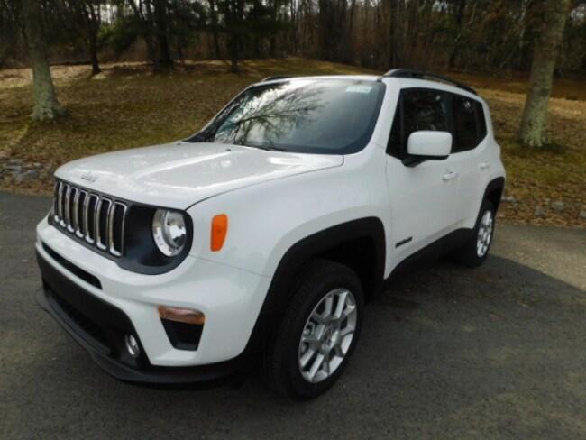 New 2019 Jeep Renegade LATITUDE 4X4 Sport Utility For Sale Clarksburg, West Virginia