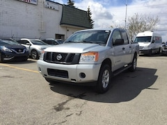 2014 Nissan Titan SV  4X4  Heated Seats *Nissan Certified Truck