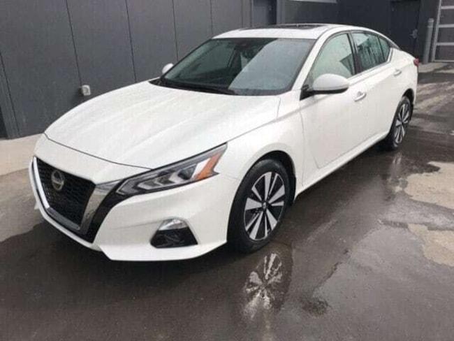 2019 Nissan Altima 2.5 SV AWD -  **Demo Savings!!** - Sunroof Tint Sedan