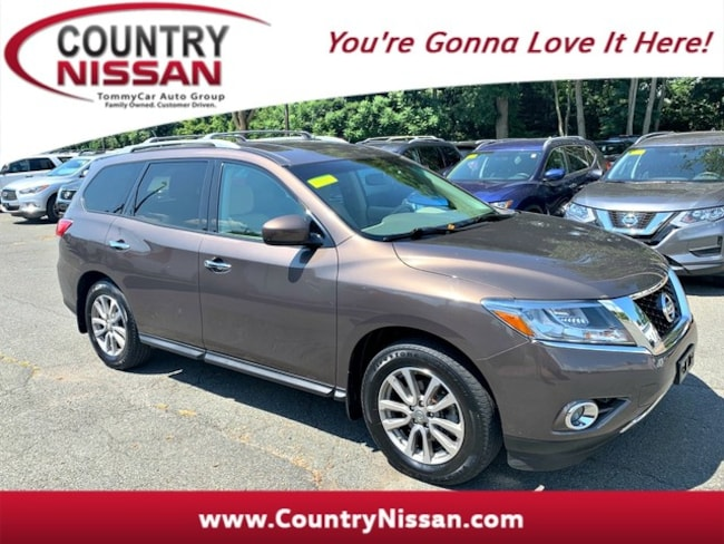 2015 Nissan Pathfinder SV SUV For Sale in Hadley, MA