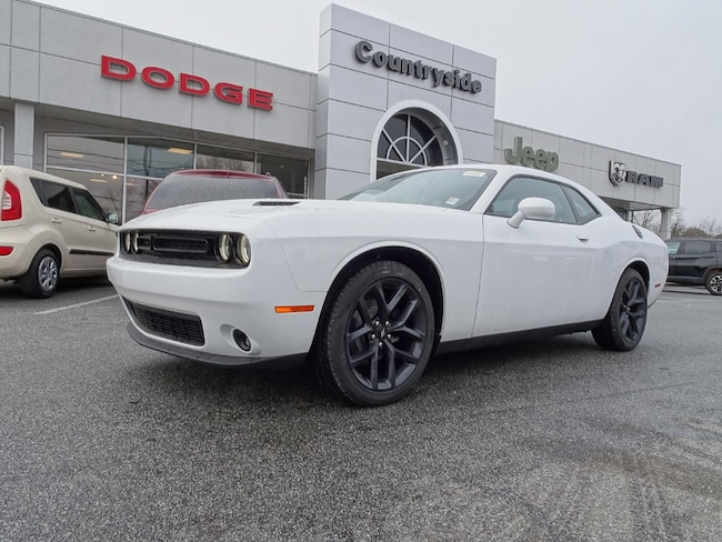 New 2019 Dodge Challenger SXT Coupe for sale in Jackson, GA.