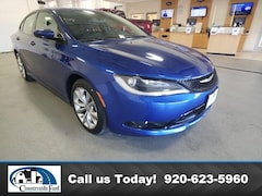 2015 Chrysler 200 S FWD Sedan in Columbus, WI