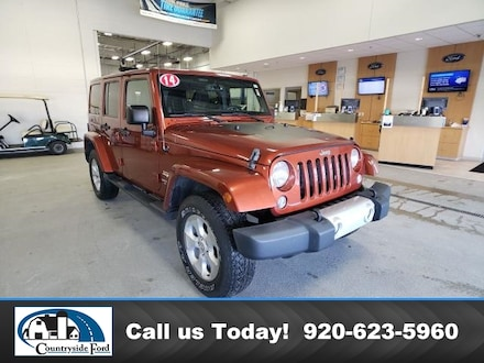 Used 2014 Jeep Wrangler Unlimited 4WD  Sahara For Sale in Columbus