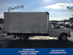 New 2018 Ford E-Series Cutaway CUTWY Commercial-truck 1FDXE4FS9JDC41125 in Altoona, PA
